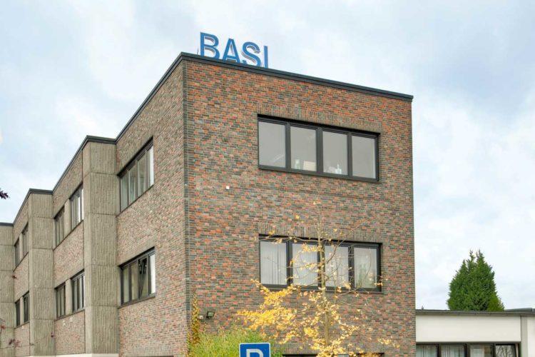 Firmengebäude BASI